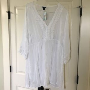NEW torrid White Cover Up
